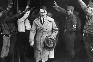 Bí mật cuối đời của Hitler: Vì sao Hồng quân thất bại trong việc bắt sống trùm phát xít?