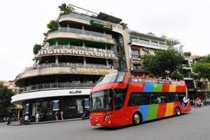 Hà Nội thêm vé rẻ, tour đêm cho buýt 2 tầng