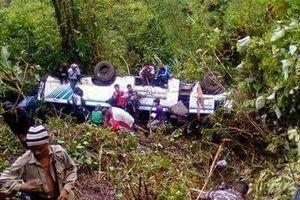 Tai nạn xe buýt nghiêm trọng tại Ấn Độ làm ít nhất 25 người thương vong