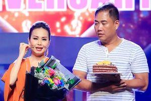 Vợ chồng Cẩm Ly - Minh Vy kỷ niệm 14 năm cưới trên sân khấu