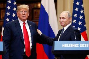 Ông Trump mời ông Putin thăm Mỹ sau hội đàm bị chỉ trích