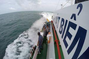 'Mục sở thị' chuyến tuần tra trên biển Tây Nam của tàu CSB-4039