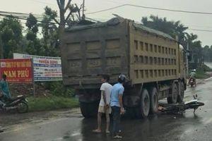 Va chạm với xe tải, 1 phụ nữ tử vong tại chỗ