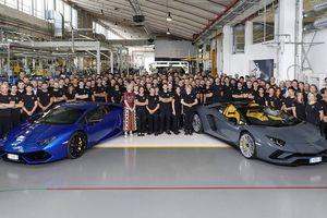 Lamborghini xuất xưởng 11.000 chiếc Huracan và 8.000 chiếc Aventador