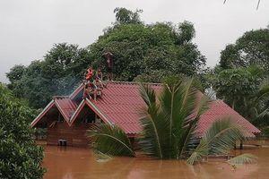 Đại thảm họa vỡ đập thủy điện ở Lào sát mé Việt Nam, cuốn hàng trăm người