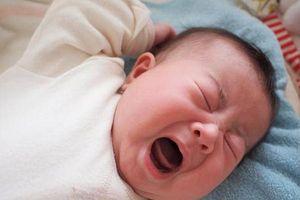 Mẹo chữa giật mình ở trẻ sơ sinh giúp con ngon giấc cả đêm