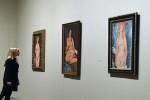 Sự thật nghiệt ngã về triển lãm ảnh khỏa thân chấn động TG