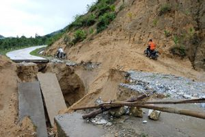 Quỹ Of Vì cộng đồng trao 38 triệu đồng cho người dân ảnh hưởng thiên tai ở Lao Chải