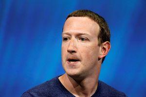 Cổ phiếu Facebook bất ngờ sụt giảm mạnh