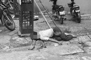 Hà Nội: Ngã thang khi treo băng rôn, người đàn ông tử vong tại chỗ