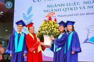 1.293 sinh viên Trường ĐH Luật TPHCM nhận bằng tốt nghiệp