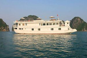 Truy tìm 'con tàu ma' lừa gia đình du khách Tây Ban Nha thăm vịnh Hạ Long