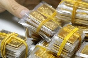 Tài chính 24h: Người mang 300 cây vàng đi máy bay - liệu có bị tịch thu?