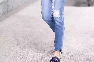 Sao Hoa ngữ chuộng giày mules ngày hè
