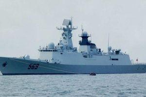 Trung Quốc tặng Sri Lanka tàu khu trục, chọc giận Ấn Độ