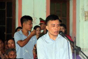 Hà Tĩnh: Căng thẳng phiên xét xử tài xế xe ben cán chết nam sinh lớp 12