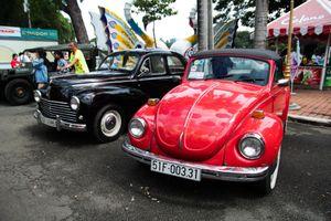 Một vòng tại 'ngày hội xe cổ Sài Gòn'