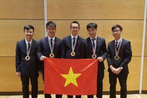 Việt Nam tiếp tục 'thắng lớn' tại Olympic Vật lý Quốc tế 2018