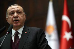 'Thổ Nhĩ Kỳ sẵn sàng đương đầu với lệnh trừng phạt từ Mỹ'