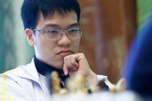 Quang Liêm hòa trận thứ 3, tạm xếp cuối giải siêu đại kiện tướng