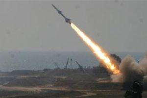 Saudi bị tấn công bằng tên lửa đạn đạo 2 trong 1