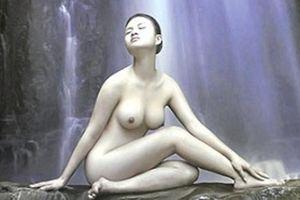 Triển lãm ảnh nude đầu tiên tại Hà Nội: Cởi mở nhưng vẫn phấp phỏng?