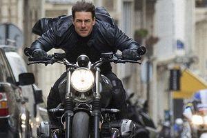 Clip: Siêu sao Tom Cruise học cách 'thả tim' đáng yêu