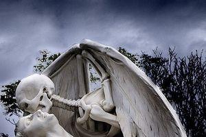 9 bí mật đáng kinh ngạc ẩn sau những bức tượng nổi tiếng