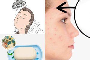 Nếu mắc phải 10 thói quen sai lầm này khi tắm, làn da sẽ bị tổn thương nặng nề, sức khỏe nguy hại