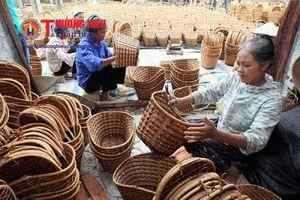 Lối đi nào cho làng nghề mây tre đan Thái Hòa?