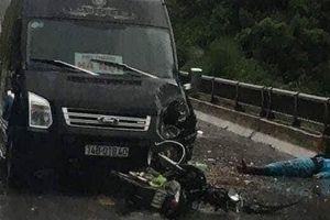 Xe khách limousine vượt ẩu khiến một người tử vong