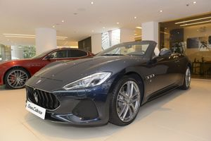 Xế sang Maserati GranCabrio Sport 2018 giá 17 tỷ đồng vừa ra mắt tại Việt Nam có gì 'hot'?