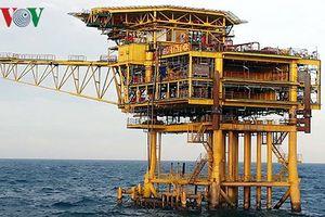 Xuất khẩu dầu thô giảm về lượng tăng về giá