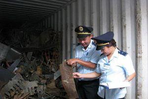Nhập khẩu phế liệu diễn biến phức tạp: Ngăn chặn từ xa