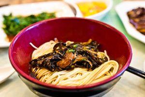 6 món mì trứ danh phải thử khi tới Thượng Hải