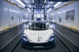 Đây là cách McLaren giao siêu xe triệu USD cho khách hàng