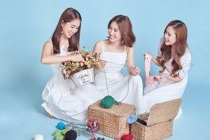 Ngắm bộ ảnh xinh đẹp của ba chị em 'Gạo nếp gạo tẻ'