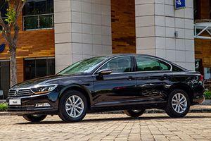 Cận cảnh Volkswagen Passat mới giá 1,42 tỷ tại Việt Nam