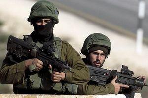 Israel dọa động binh với Iran