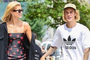 Chuyện lạ lùng của cặp đôi Justin Bieber - Hailey Baldwin: đính hôn hoành tráng, kết hôn (?) trong bí mật!