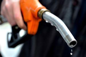 'Tất tần tật' kinh nghiệm lái xe tiết kiệm nhiên liệu