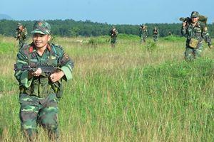 Quân đoàn 4: Lực lượng dự bị động viên Sư đoàn 7 diễn tập bắn đạn thật
