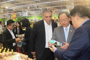 Bộ trưởng Thương mại Thái Lan tìm hiểu về nông sản Việt Nam