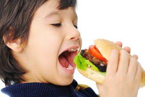 Nhiều hóa chất độc hại bạn cho trẻ tiếp xúc mà không hay biết
