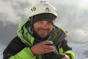 Tưởng chết ở độ cao 6.300 m sau 6 ngày không ăn, nhà leo núi làm nên điều kỳ diệu