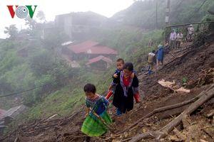 Lai Châu nỗ lực tìm kiếm người mất tích và di dân đến nơi an toàn