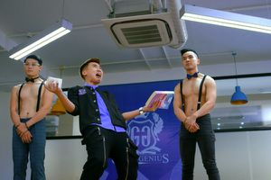 'Trường học bá vương': Cái tát sỗ sàng vào mặt fan của Châu Tinh Trì