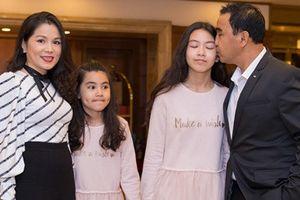 Dàn sao Việt đến dự đám cưới con gái NSND Hồng Vân ở Sài Gòn