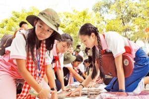 Thắt chặt tình đoàn kết thiếu nhi Việt Nam - Lào - Cam-pu-chia