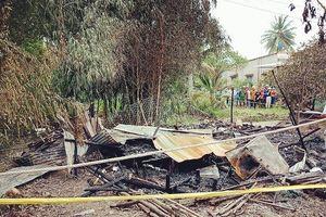 Chém vợ trọng thương rồi đốt nhà khiến 2 người chết cháy